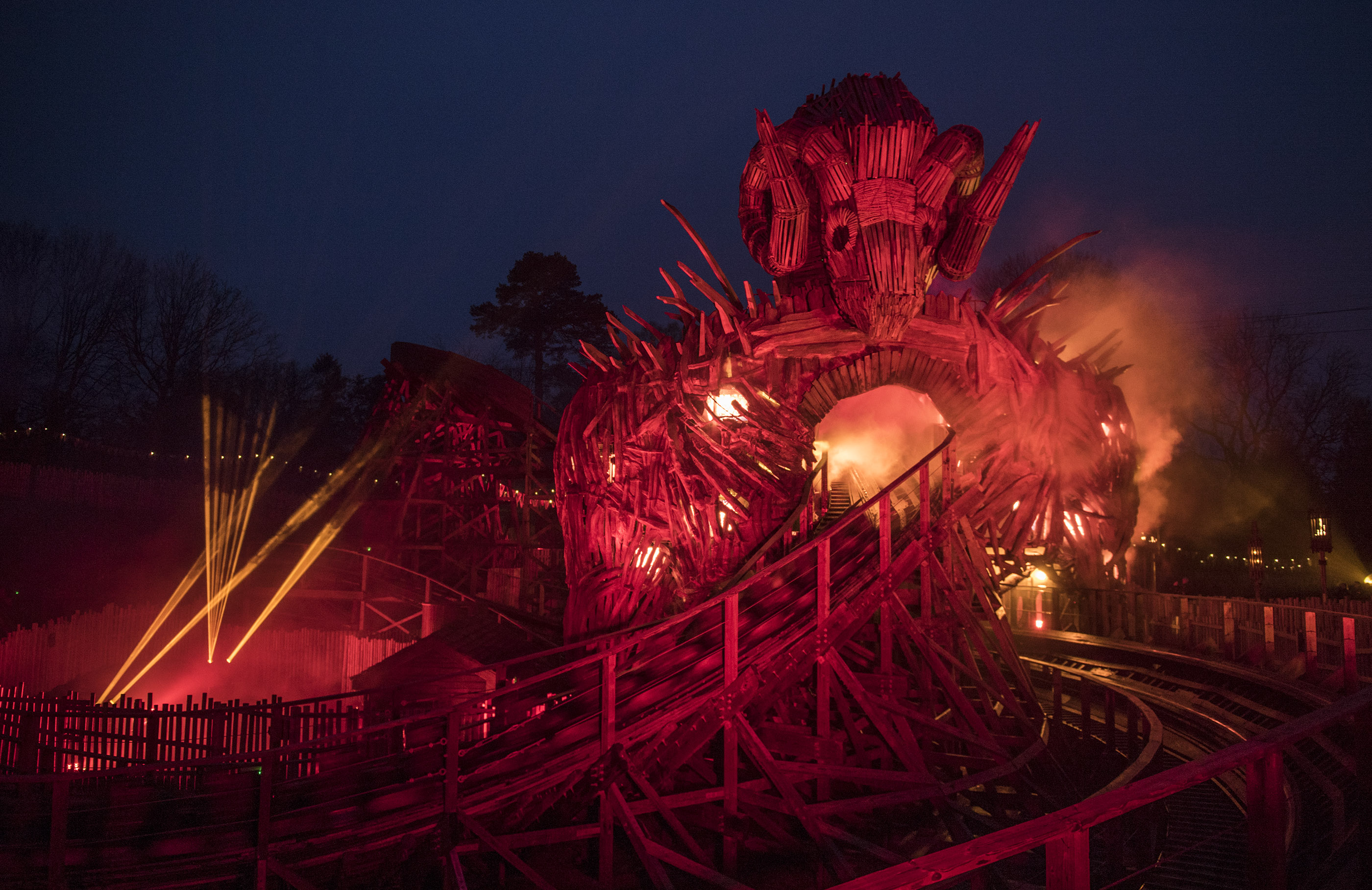 Wicker Man ride at night